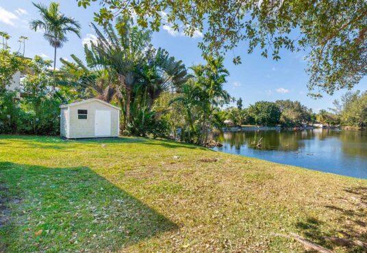 1 Corydon Drive Miami Springs, FL 33166